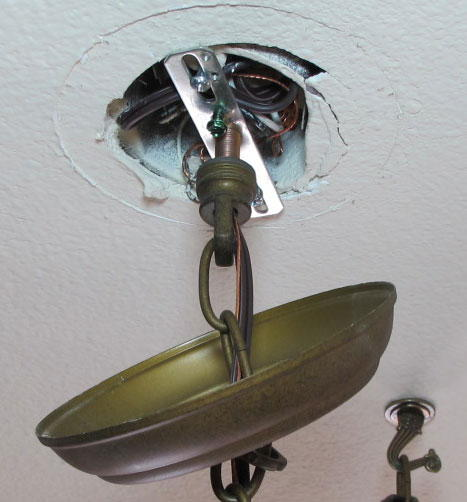 How To Replace A Ceiling Light Fixture Electrical 101